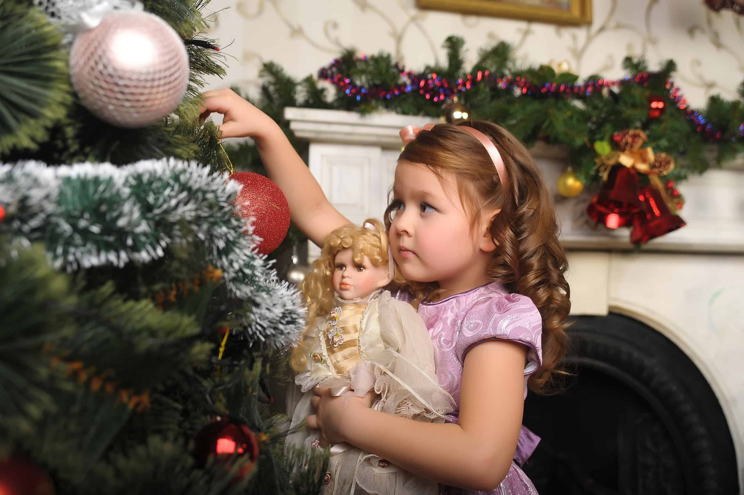 Dolls and Accessories Toys: How Child Benefits from Playing With Dolls