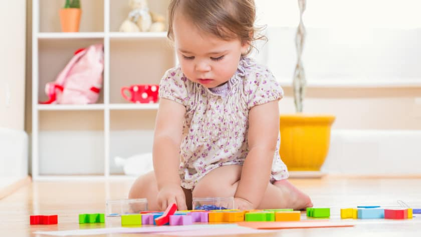 Tips on how to choose toys for a child from birth to five years old
