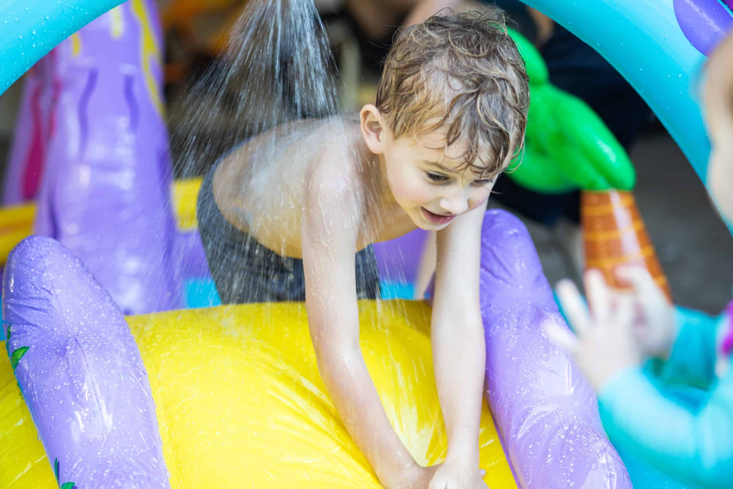 Tips on how to choose the best inflatable water slide for kids